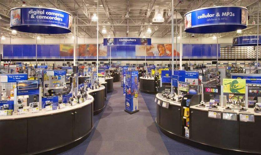 Eletrônicos na loja Best Buy em Orlando