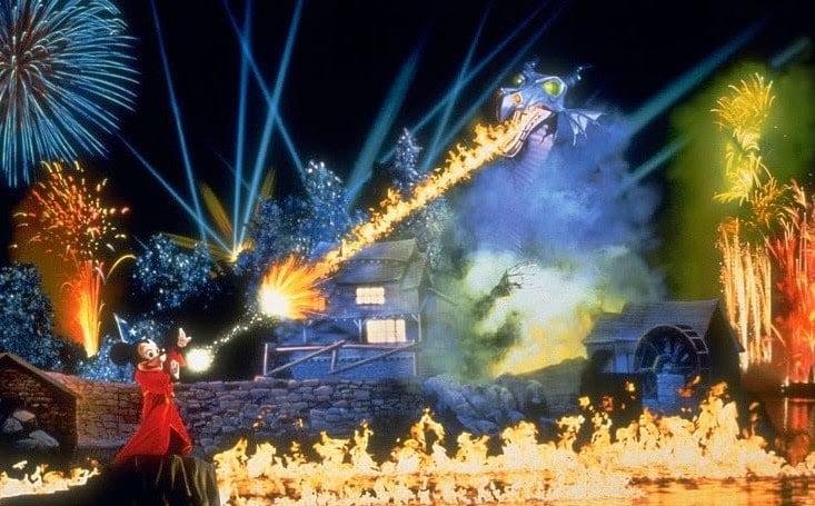 Melhores lugares para assistir aos shows da Disney Orlando: Fantasmic! no Disney Hollywood Studios