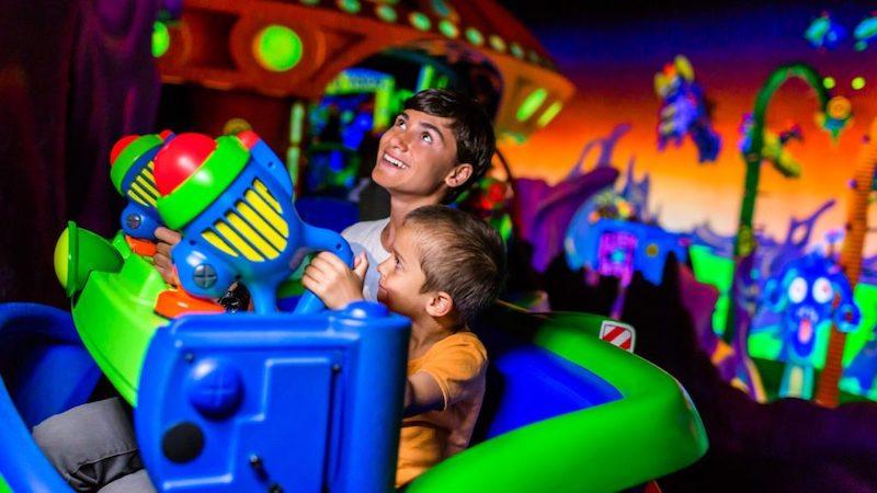 Buzz Lightyear's Space Ranger Spin no parque Magic Kingdom da Disney Orlando