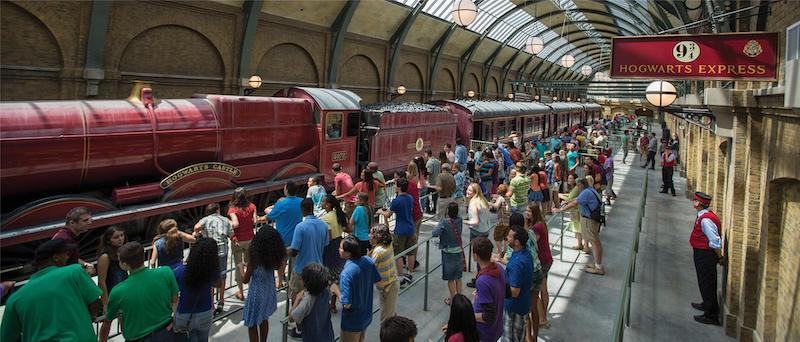 Hogwarts Express: King's Cross Station no parque Universal Studios em Orlando