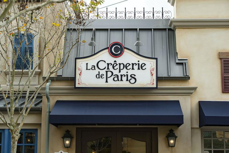 Letreiro de La Crêperie de Paris no parque Epcot da Disney Orlando