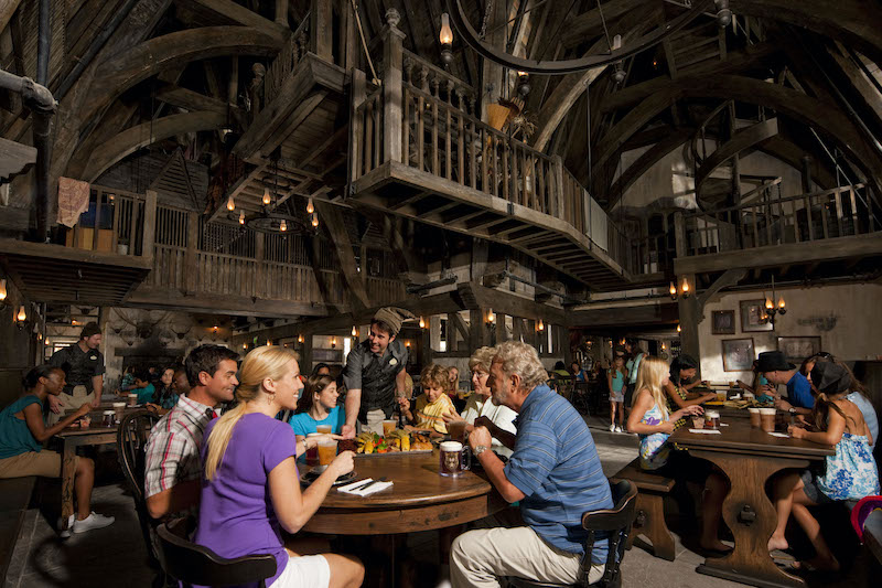 Restaurante Three Broomsticks no parque Islands of Adventure em Orlando