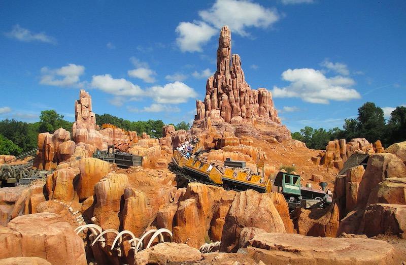 Big Thunder Mountain Railroad no parque Magic Kingdom da Disney Orlando