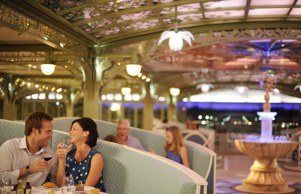 Cruzeiro Disney Dream: Restaurante Enchanted Garden