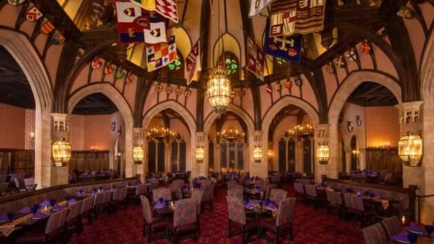 Restaurante Akershus Royal Banquet Hall Disney em Orlando: interior do restaurante