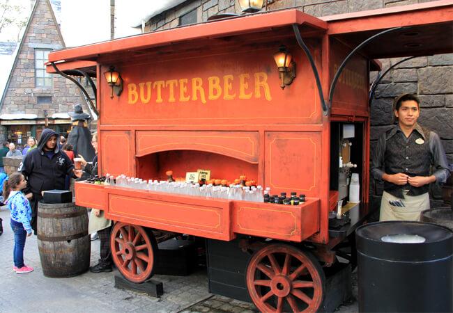 Cerveja amanteigada do Harry Potter em Orlando: Butterbeer