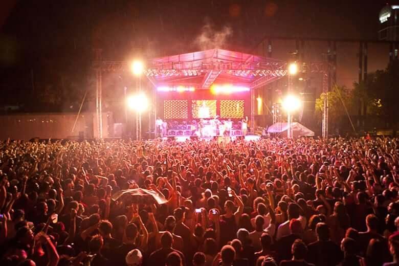Balada Venue 578 em Orlando: Venue 578 Festival Grounds