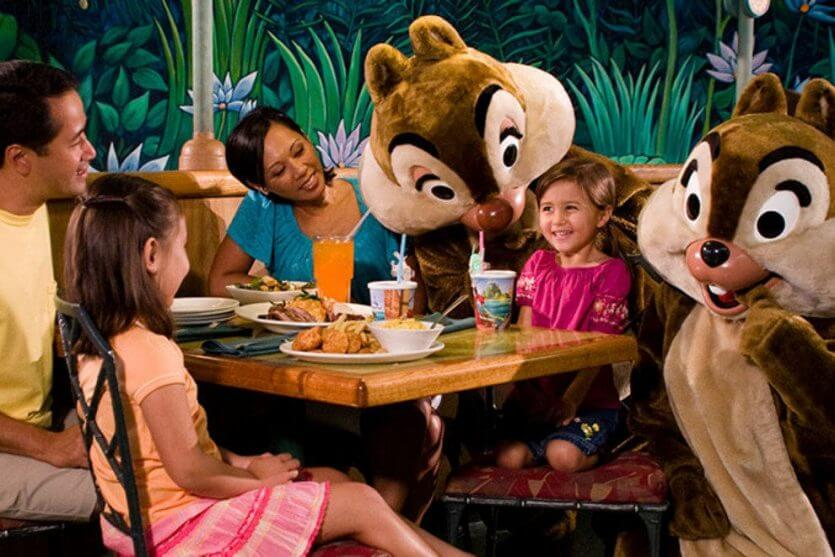 Restaurantes da Disney com personagens: Garden Grill