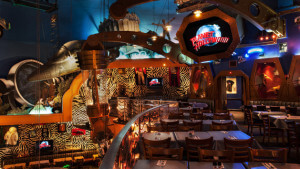 Restaurante Planet Hollywood na Disney Orlando: ambiente