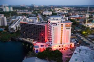 7 hotéis econômicos em Orlando: Ramada Orlando International Drive Lakefront