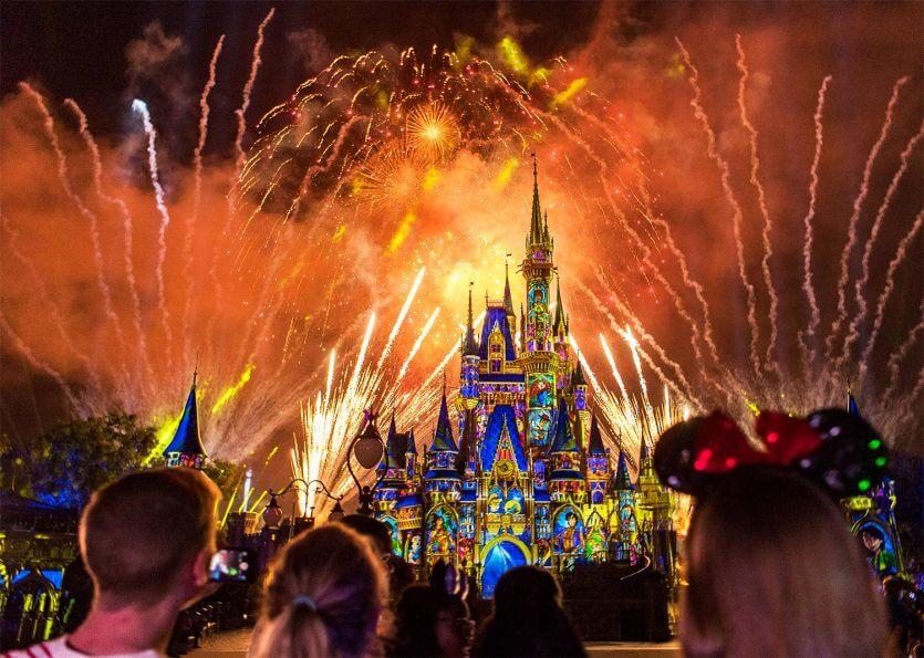 Coisas para fazer de graça na Disney Orlando: show de fogos Happily Ever After
