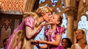 7 jantares com personagens Disney e Universal em Orlando: Restaurante Cinderella's Royal Table