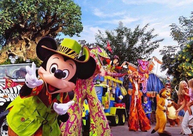 Parada no parque Animal Kingdom da Disney Orlando