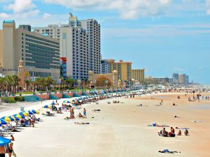 Praias próximas a Orlando: praia Daytona Beach