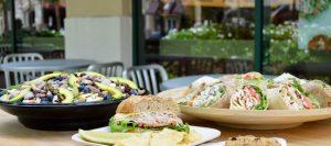 Restaurante de comida natural Crispers em Orlando: pratos