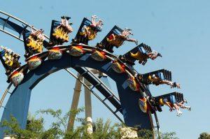 7 atrações e brinquedos do Parque Busch Gardens em Orlando: Montu