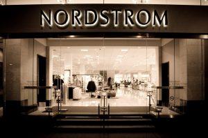 Lojas Nordstrom em Orlando: entrada