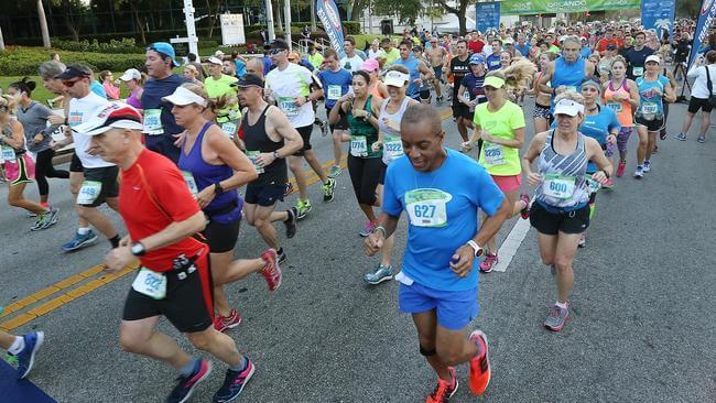 Corrida Furry Friends Fun Run no SeaWorld Orlando: corredores