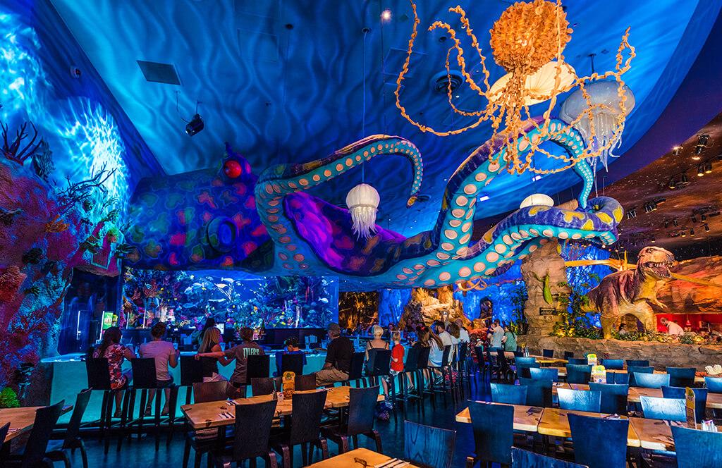 Disney Orlando para crianças: restaurante T-Rex na Disney Springs