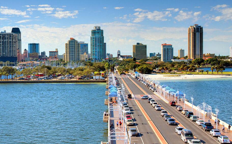 Estrada em Orlando para St. Petersburg