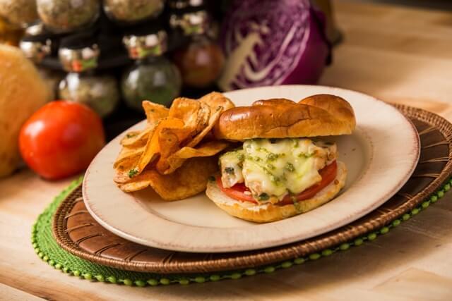 Parque Busch Gardens em Tampa: comida no Dragon Fire Grill & Pub