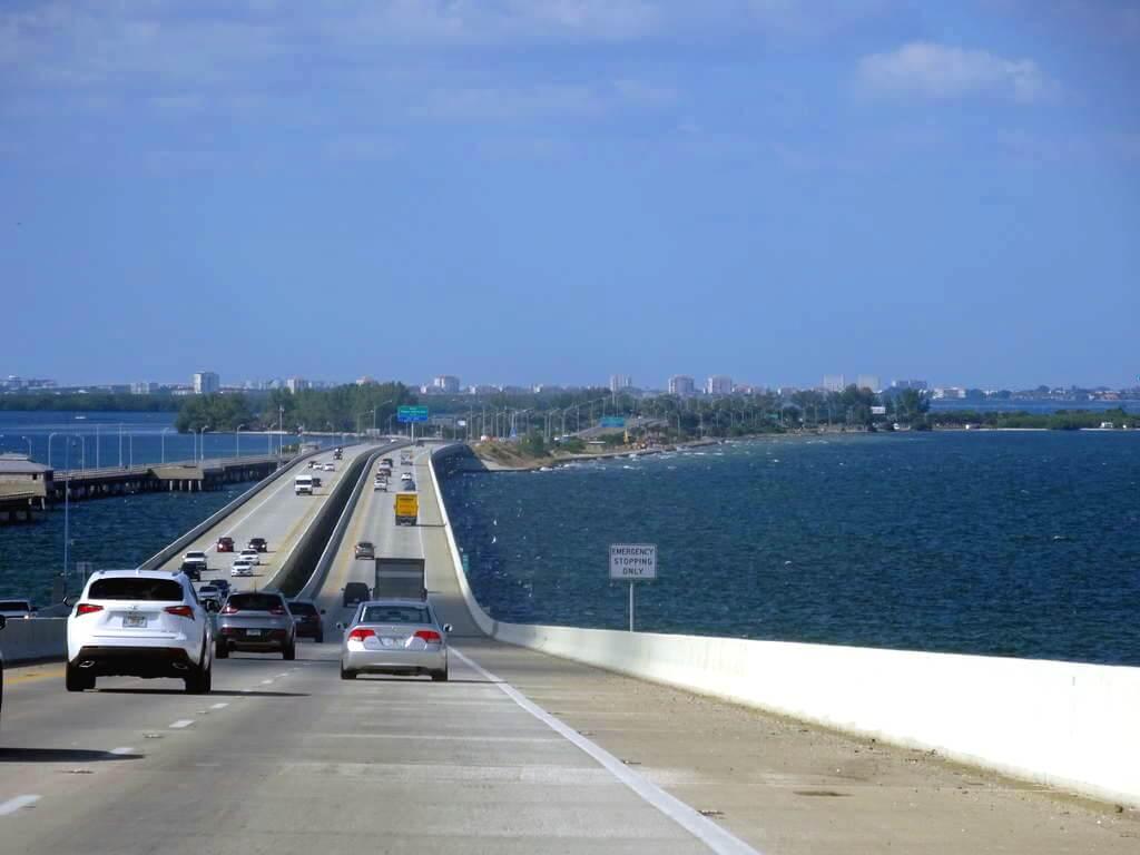 Viagem de carro de Miami a Tampa