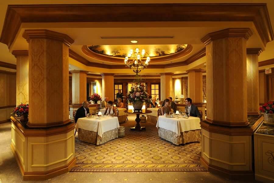 Disney Orlando para adultos: restaurante Victoria & Albert's