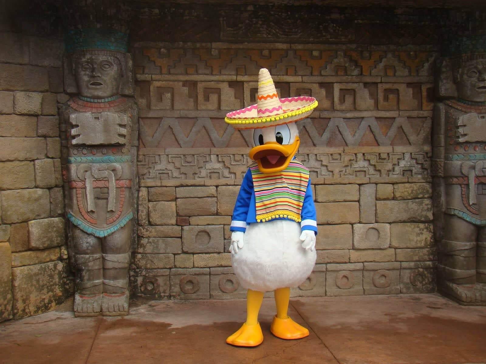 Pato Donald no Pavilhão do México no parque Epcot da Disney Orlando