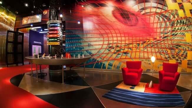 Área Future World do Disney Epcot em Orlando: Journey Into Imagination With Figment e ImageWorks