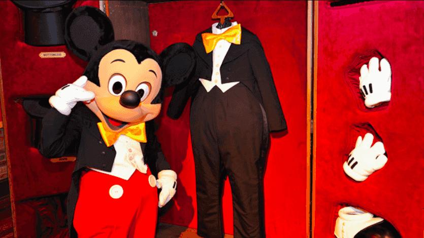 Disney's Wilderness Lodge: Backstage Magic