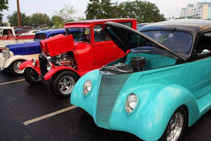 Classic Car Show em Old Town: expositores