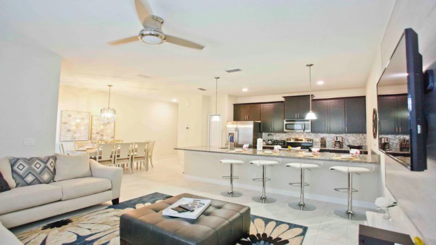 Condomínio de casas Storey Lake Resort em Orlando: interior da casa