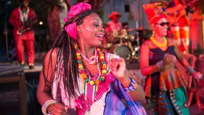 Shows, paradas e apresentações no parque Disney Animal Kingdom Orlando: Burudika