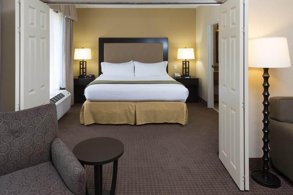 Hotéis bons e baratos em Jacksonville: Hotel Holiday Inn Express & Suites
