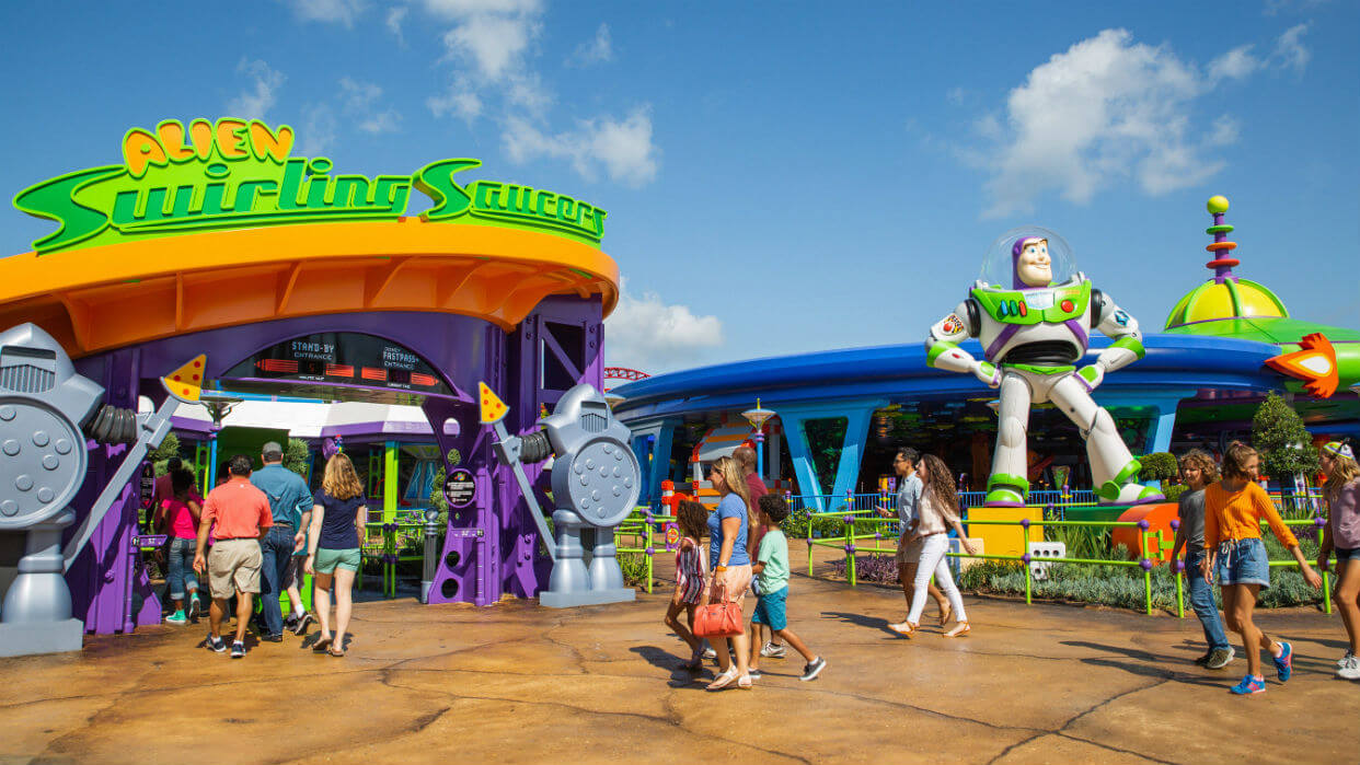 Early Morning Magic na Disney Orlando: Alien Swirling Saucers