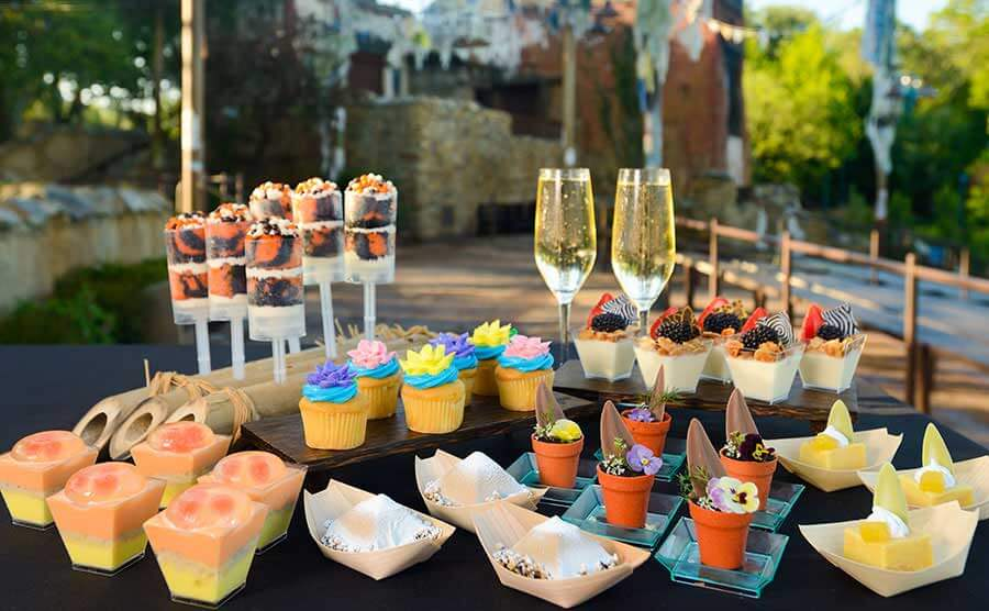 Buffet de sobremesas do show Rivers of Light na Disney Orlando