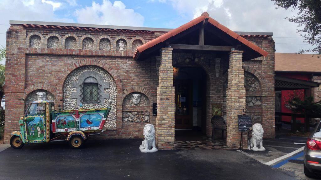 Restaurantes em São Petersburgo: Mazzaro's Italian Market