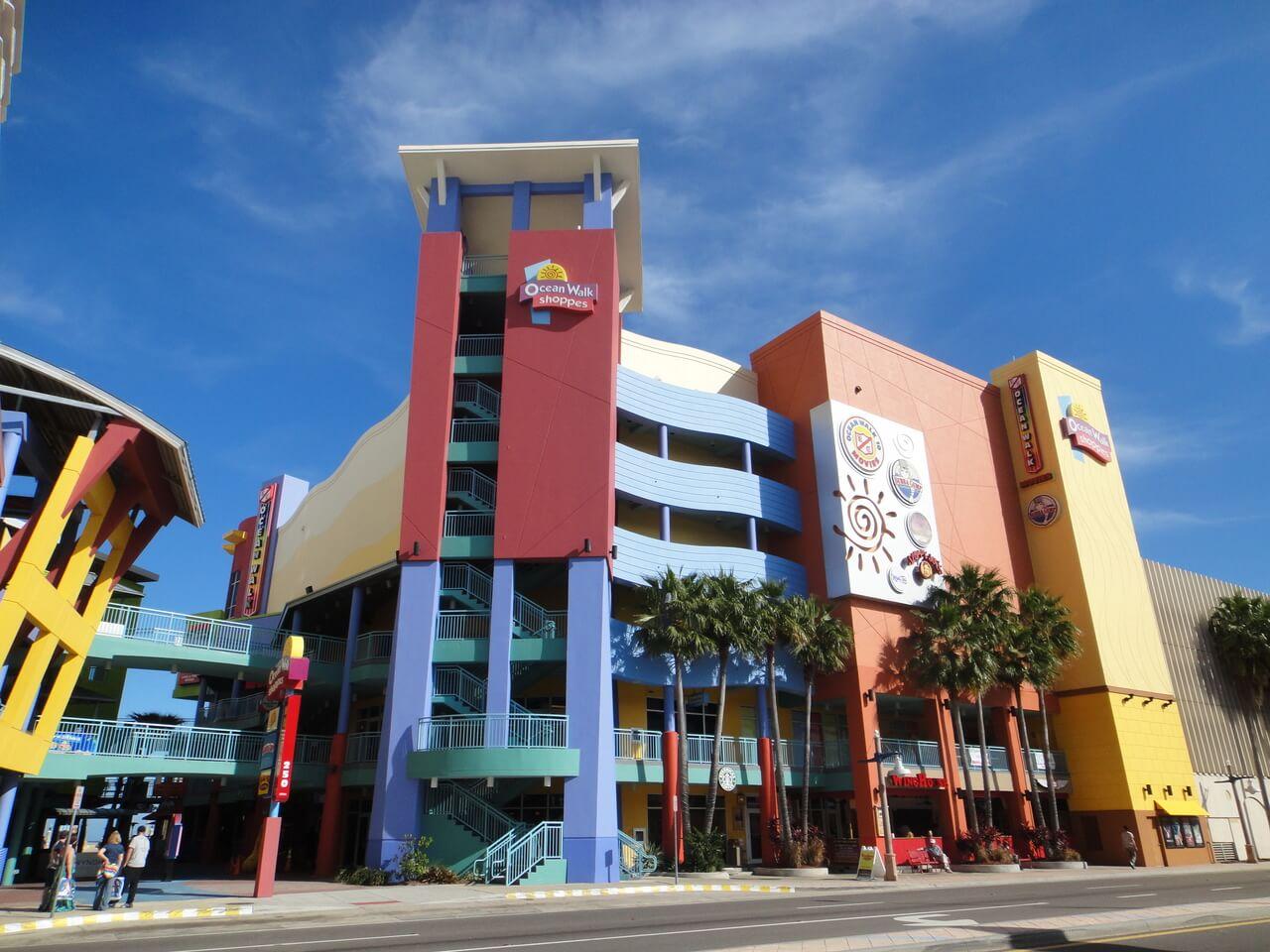 Compras em Daytona Beach: Ocean Walk Shoppes and Movies
