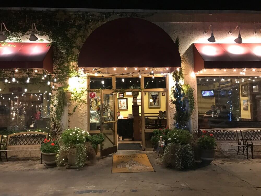 Restaurantes em Clearwater: restaurante Cristino's Coal Oven Pizza