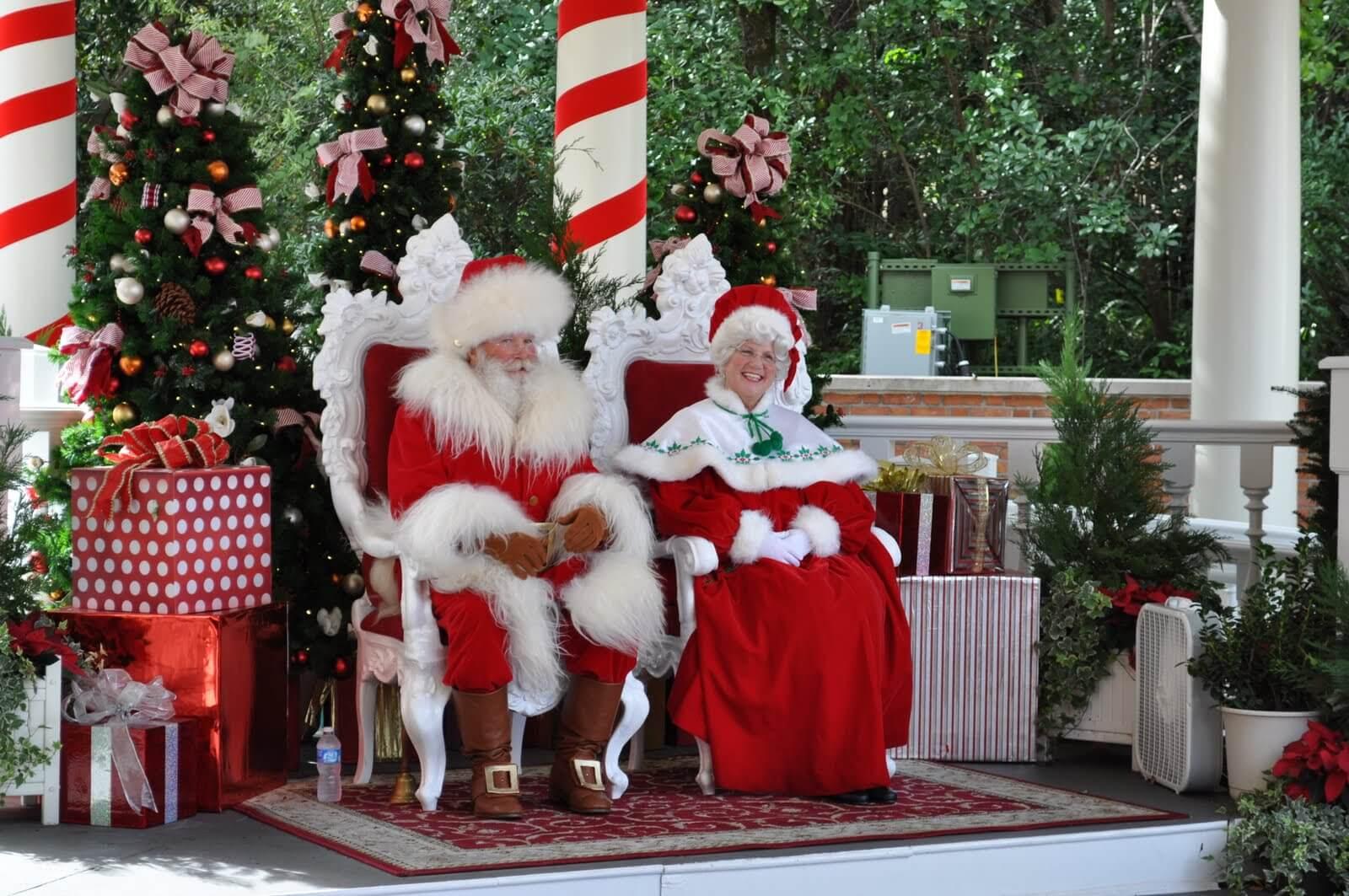 Onde encontrar o Papai Noel na Disney Orlando: Papai Noel e Mamãe Noel no Disney Epcot