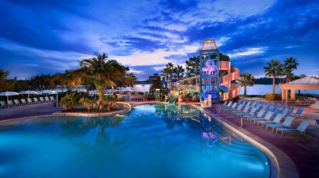 Bay Lake Tower at Disney's Contemporary Resort: piscina