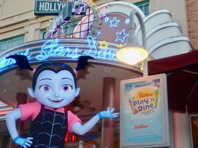 Café da manhã do Disney Junior para crianças na Disney Orlando