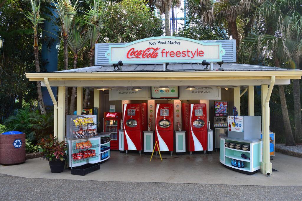 Copo com refil de bebidas no SeaWorld Orlando: Coca-Cola Freestyle