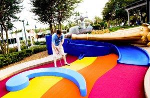 Disney's Fantasia Gardens e Fairways Miniature Golf em Orlando: jogador de golfe