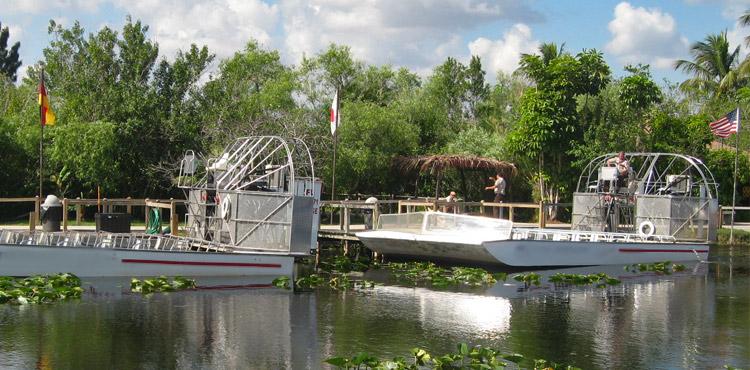 Aproveite diversas atrações com o Go Card Miami: passeio de aerobarco no Parque Nacional de Everglades