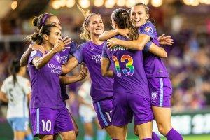 Assistir a um jogo de futebol feminino em Orlando: time Orlando Pride