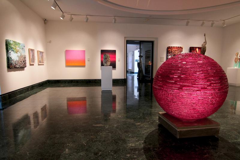 O que fazer em Naples: interior do Baker Museum
