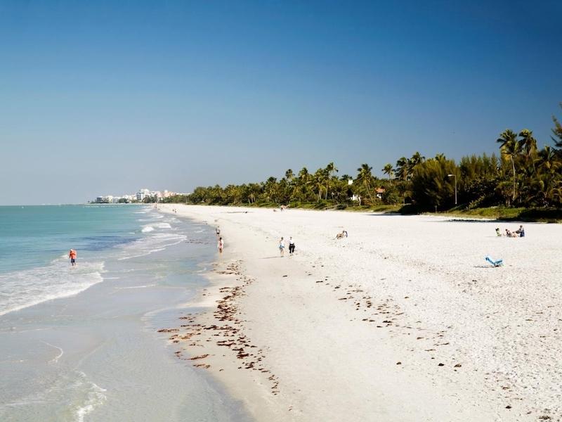 Praias em Naples: praia Naples Beach