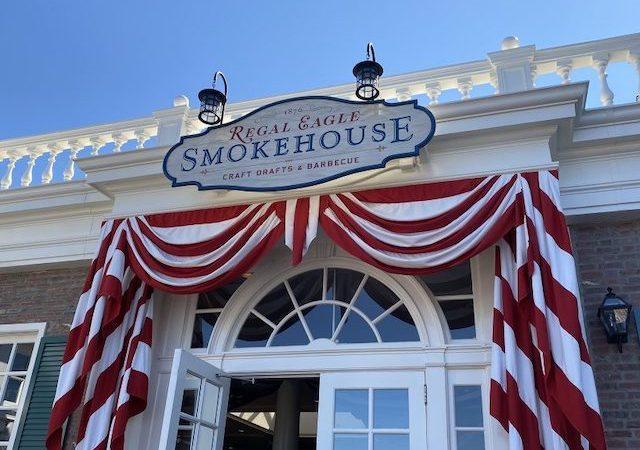 Restaurante Regal Eagle Smokehouse no Epcot da Disney Orlando