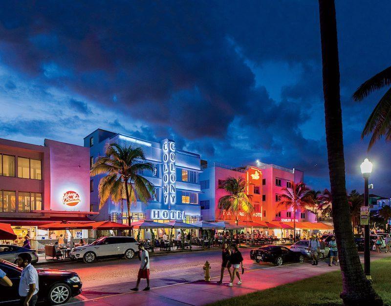 10 traços do Art Deco District em Miami: Colony Hotel